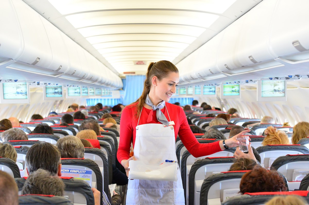 Best Travel Tips for Long-Haul Flights