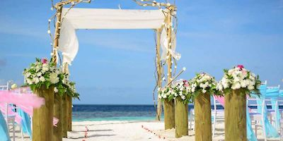 Travel Insurance for Honeymoons and Destination Weddings